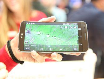 LG X mach bietet wechselbaren Akku