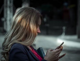 Gigaset GS170 Einsteiger-Smartphone vorgestellt